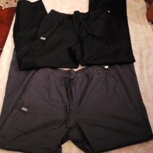 Pants - Scrub pants (lot of 3)